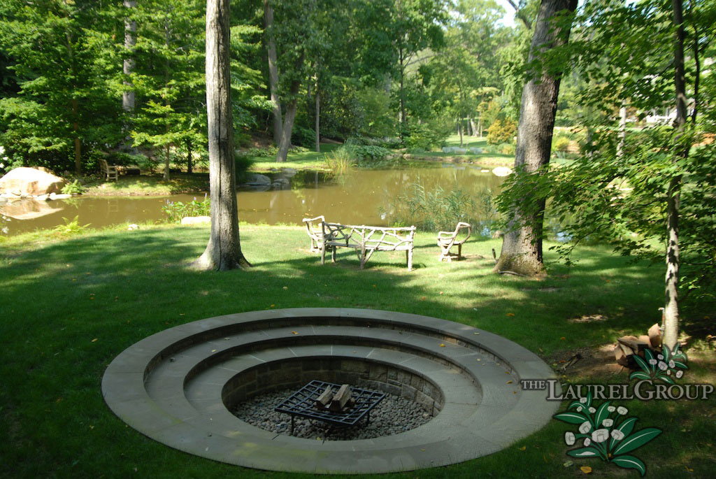 Outdoor Fireplaces and Firepits